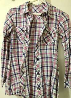 Grizzly checkered long sleeves