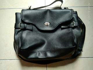 Sling Bag - Black