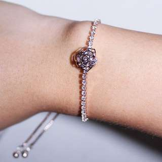 Lumi Crystal Bracelet, rose. (Brand new)