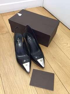 9成新正品 LV 黑色低跟鞋