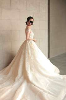2 in 1 Wedding Gown (Negotiable)