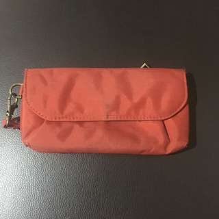 Travelon Red Wallet