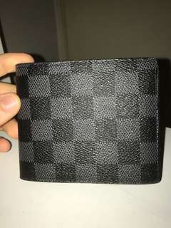 Men's LV wallet