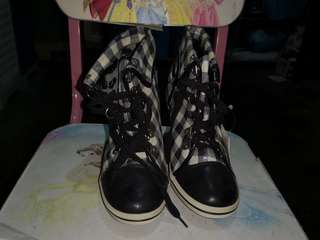 Checkered boots from Japan