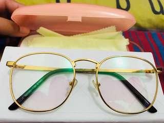 Kacamata vintage gold