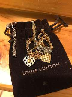 LV long necklace (set of 2)