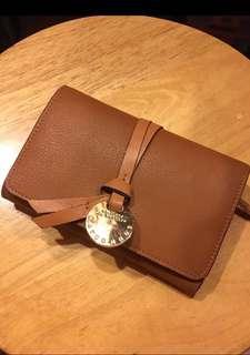 Woman leather purse