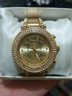 Jam tangan michael kors gold