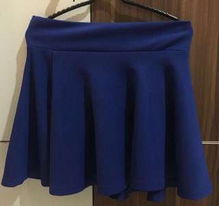 darkblue skirt