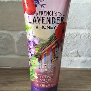 Bath and body works Lavender and honey ultra Shea body crean