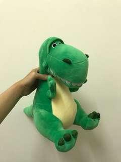 🚚 迪士尼抱抱龍玩偶#畢業一百元出清