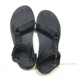 🚚 Teva涼鞋