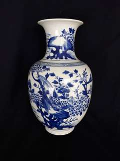 Qing era B n W vase with birds n flowers 33cm high. 清青花花鳥紋瓶。