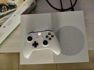Xbox One S(1 TB)