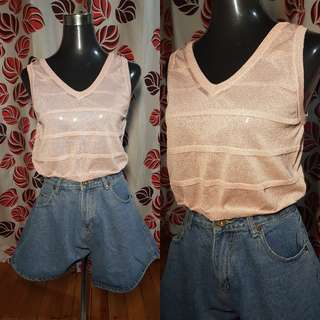 🍭Salmon Pink Knitted Croptop, Med-Large ;80 🍭Oversized at leg high waist shorts, size 27 :80