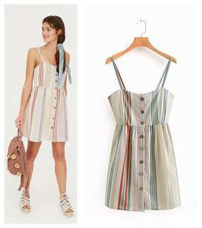 🚚 Europe and the United States color striped print single-breasted strap dress