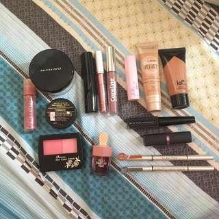 Make Up Bundle (Get all)