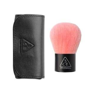 BN 3CE Pink Kabuki Brush