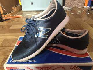 New Balance 420 with box