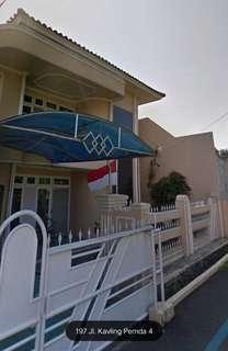 rumah dijual, sangat cocok untuk investasi, bisa buat rumah tinggal atau bisnis kostan,lokasi pinggiran kota jakarta.