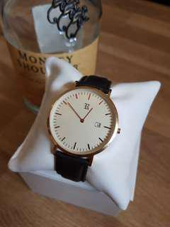 🚚 Rugby & Co. Classic Watch