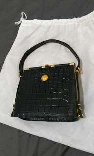 🚚 全新。Golden Duck黑色手提包/肩背包 購於新加坡