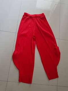Celana aladin pleats merah
