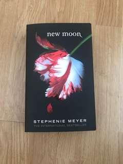 New moon Stephenie Meyer vampire diaries