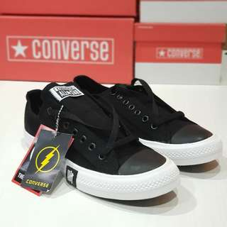 Converse Underfeated Black And White Premium