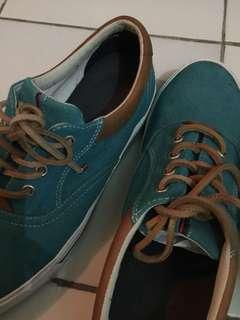 Sepatu TOMMY HILFIGER