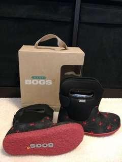 BNIB Boys Baby Bogs - Size 10
