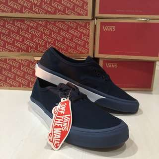 Vans Authentic Bumper Mono Premium