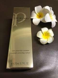 Brand New Cle De Peau Beaute Essential Correcting Refiner