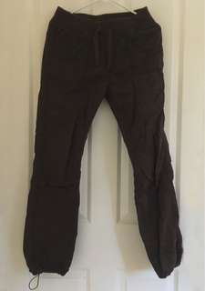 Cargo brown joggers
