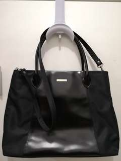 Laura Ashley Fashionable and Classy Office 2-way Bag