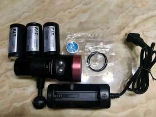 Underwater F.I.T Pro Series 2400 lumen LED photography torch.