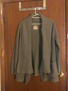BURTON - grey waffle cardigan