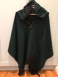 Green hooded shawl/cape
