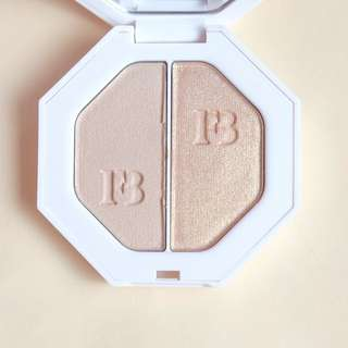 FENTY BEAUTY BY RIHANNA KILLAWATT HIGHLIGHTER