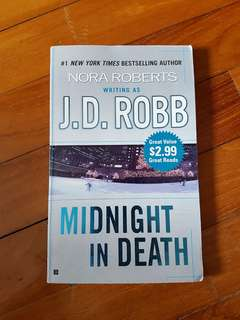 Book - JD Robb - Midnight In Death - J.D Robb