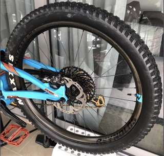 Reynolds 27.5+ carbon rims