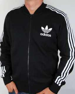 Adidas striped jacket (PRICE NEGOTIABLE)