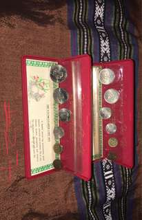 y1987 Uncirculated coin sets