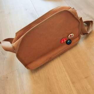 🚚 紙箱王 側背包