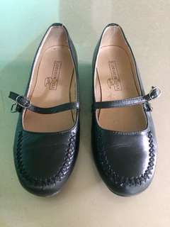 Florsheim School shoes size 33
