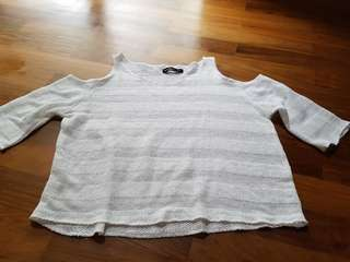 Sixteen White Top & Grey Short