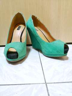 Zara Green Open-toe Wedge Shoes