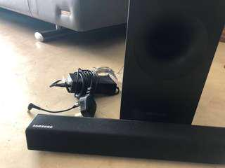 Samsung Bluetooth Soundbar with Dedicated Subwoofer HW-F355 40