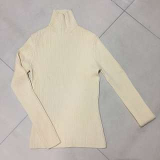 KNITTED LONGSLEEVES