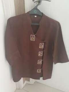 Blouse brown linen